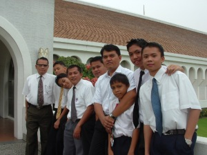 Young Men and their leaders during a Stake Temple Trip ♥